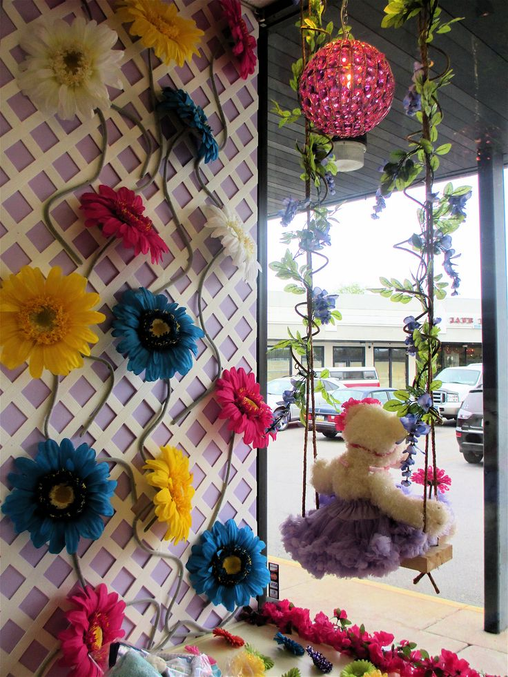 I Just LOVE This Swing Display Window At Baby Vogue