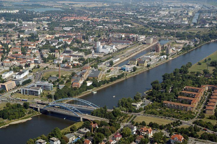 magdeburg elbuferpromenade | stadt magdeburg sachsen anhalt einwohner 230 000 www magdeburg de