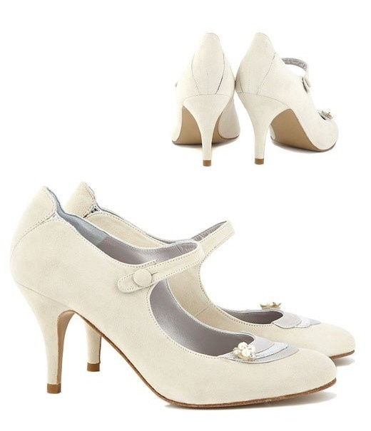 Vintage style Wedding shoes available at Frilly's