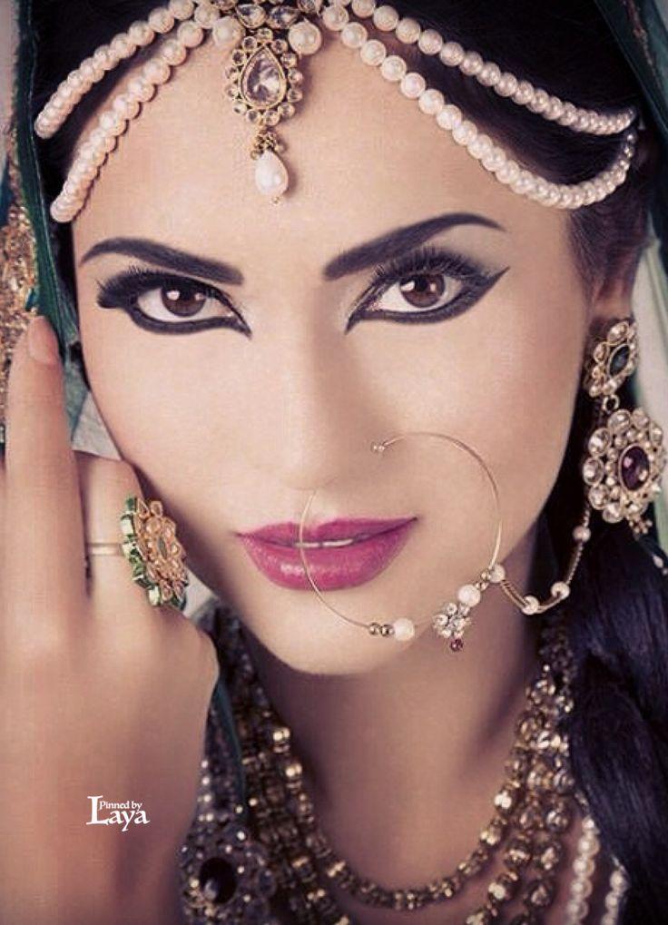Mehndi Bridal Makeup Tutorial : Bridal makeup in urdu video vidalondon