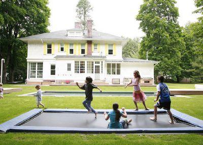 Oh my goodness, a sunken trampoline. Yes please. Let's start digging.: Idea, Trampolines, Dream House, Ingroundtrampoline, In Ground Trampoline, Outdoor, Sunken Trampoline, Backyard, Kid