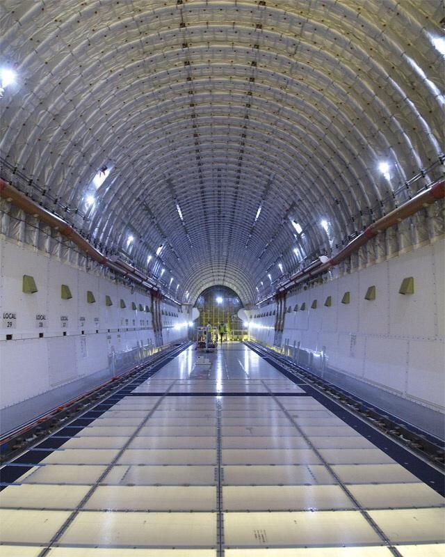 Inside Boeing 747 Dreamlifter