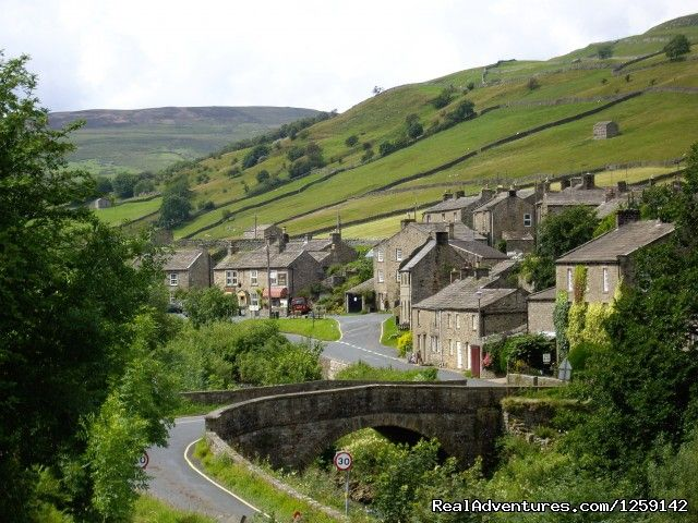 Herriot Country Tours - Yorkshire Dales England, Leyburn, United Kingdom Sight-Seeing Tours - RealAdventures
