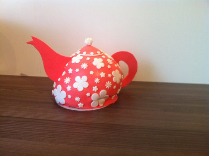 Theepot-taart/tea for two and cake for tea
