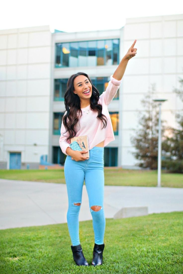 Literally my favorite youtuber EVER! Life Goals: Credit to Lifeaseva --> Twitter Mylifeaseva --> YouTube Lifeaseva_--> Instagram Follow and your life will change for the better she is inspirational and beautiful ~Miranda