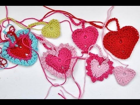 How to Crochet * Tiny Hearts in 3 different sizes and variations ❥Teresa Restegui http://www.pinterest.com/teretegui/ ❥