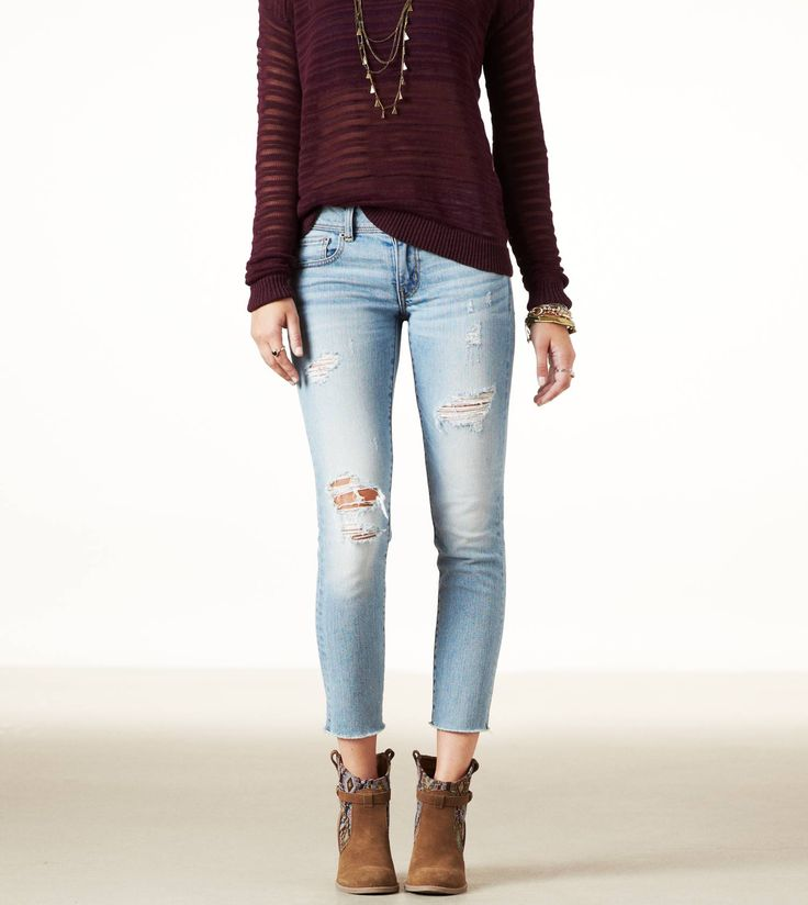 AE outfit of burgundy long sleeve sweater n lite wash blue jean, n tan suede ankle heels