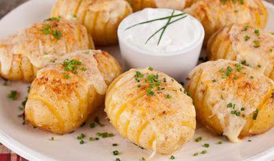 Oven Lovers: Cheesy Fan Potatoes