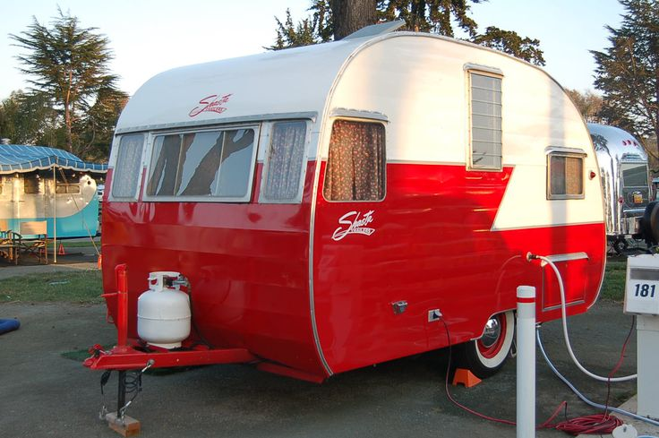 Classic 1956 Shasta canned-ham trailer in red & white