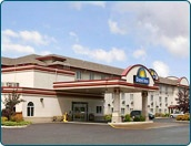 Days Inn Thunder Bay North from Travelucion at up to 80% less