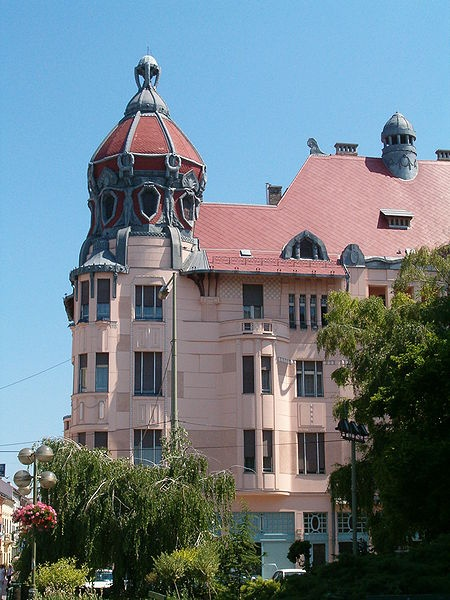 File:Szeged-ungermayerhaz.Unger-Mayer house, Szeged