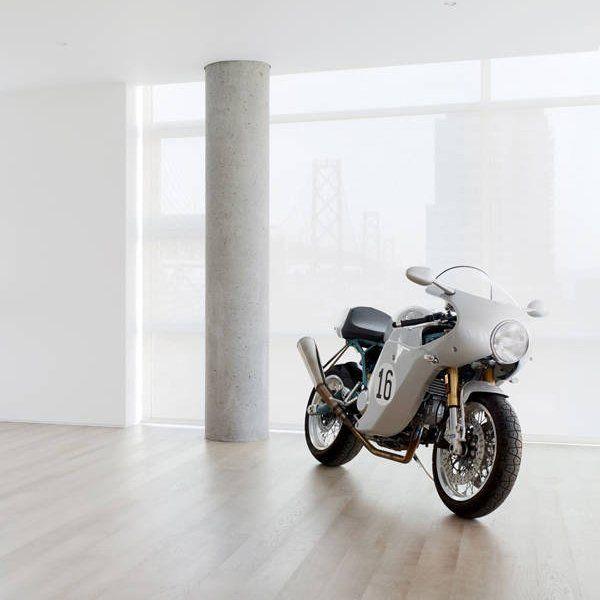Fancy - 2006 Ducati Sport Classic Paul Smart 1000LE