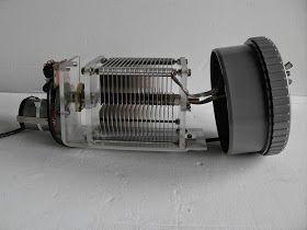 Mes loops magnétiques pilotées par... une lampe de poche de supermarché     Vous connaissez tous les antennes à cadremagnétique:  Ce c...