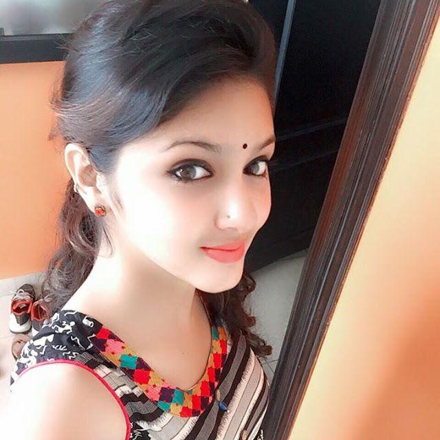Mallu Actress Gayathri Suresh Latest Sexy Hot Portfolio