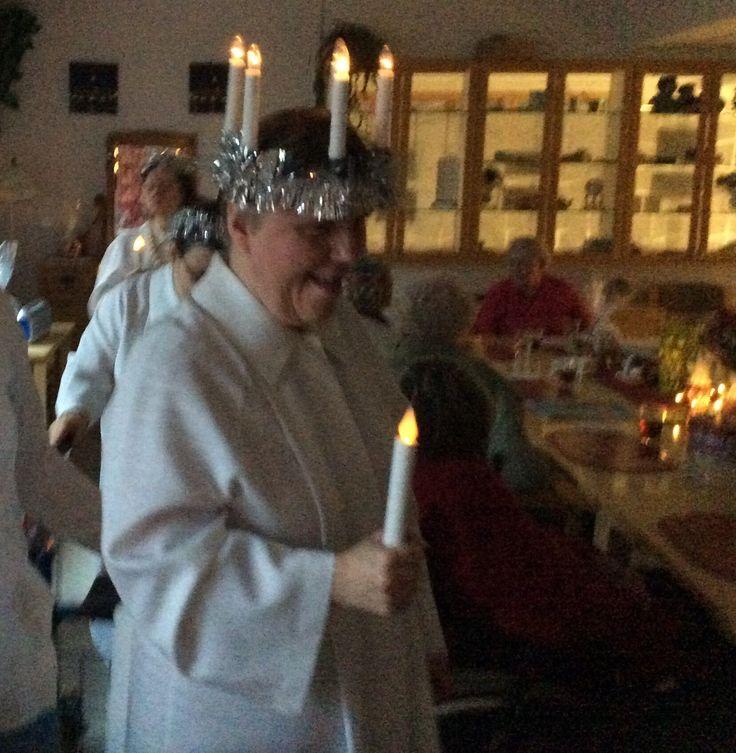 Lucia-neidot toivat ilon ja valon...