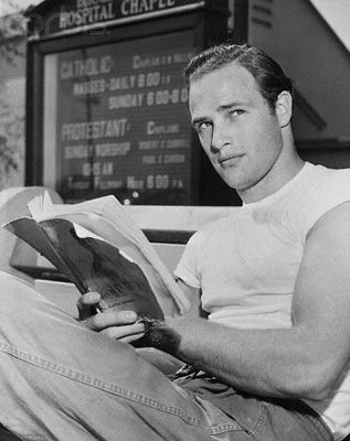 Who have you seen #reading? www.digiwriting.com #celebrity Marlon Brando