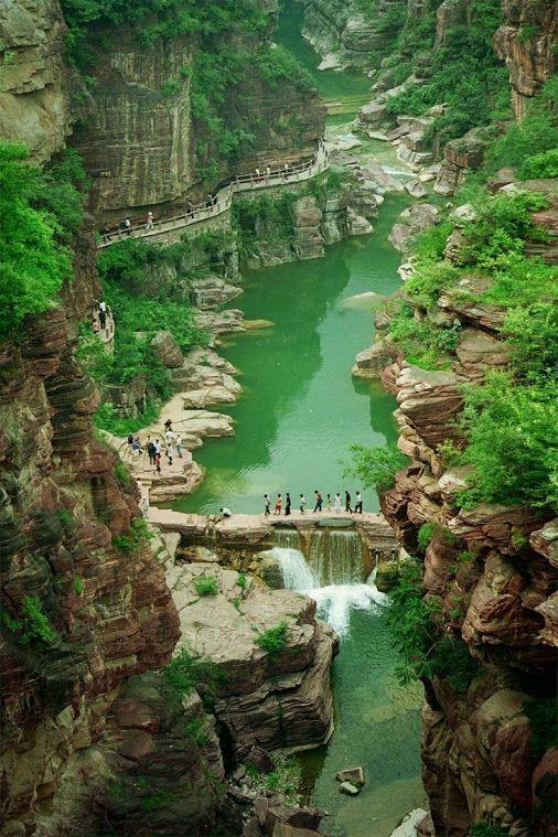 Yuntaishan Global Geopark, Henan, China, Travel                                                                                                                                                     Más