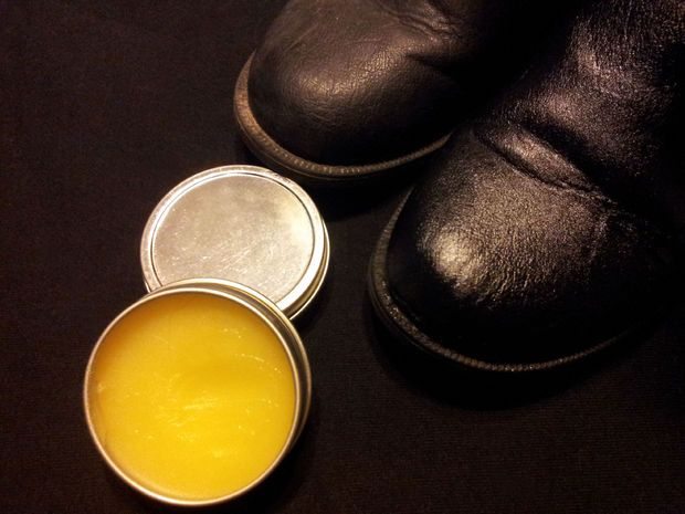 How To Make High Grade Natural Beeswax Leather Polish and Conditioner                   by antagonizer