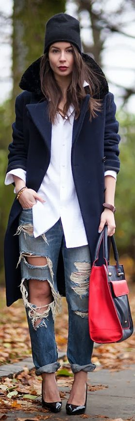 A Good Cause by A Portable Package -- jeans are too ripped up, but still a cute outfit.