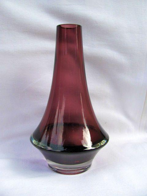 Riihimaki/Riihimaen Lasi Oy vase by Tamara Aladin, Space Age 1960s-70s