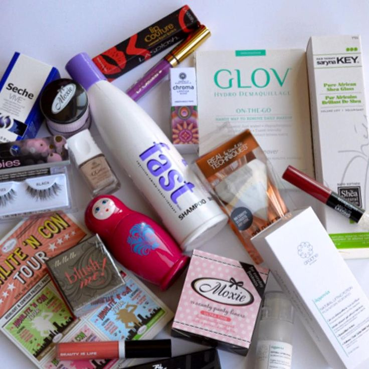 "To #beautytestboxeshop σας ""σερβίρει"" τα αγαπημένα προϊόντα της εβδομάδας!❤🔝😘💜☀️🌸 Find Here ➡ www.beautytestbox.com ✔️ #beautytestbox #beauty #cosmetics #product_of_the_week #BeautyGreece #Greekeshop #ShippingToCyprus #topproducts #instabeauty #instapic #picoftheday #instashop #greece"