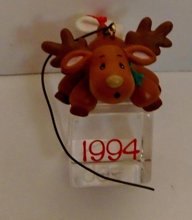 CARLTON Cards REINDEER & BUNNY ICE PALS 1994 CHRISTMAS Tree ORNAMENT