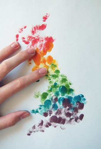 fingerprint art for adults. who says kids should have all of the fun? I am going to try my hand at this (pun intended)