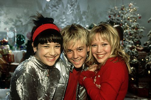 lizzie mcguire christmas episode with aaron carter! sooo remember this!