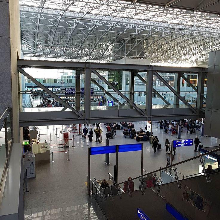 Terminal 2 #Frankfurt #Flughafen #Airport #FRA los geht's! Mit @etihadairways