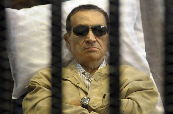 Egyptian court orders re-trial for Mubarak - Middle East - Al Jazeera English