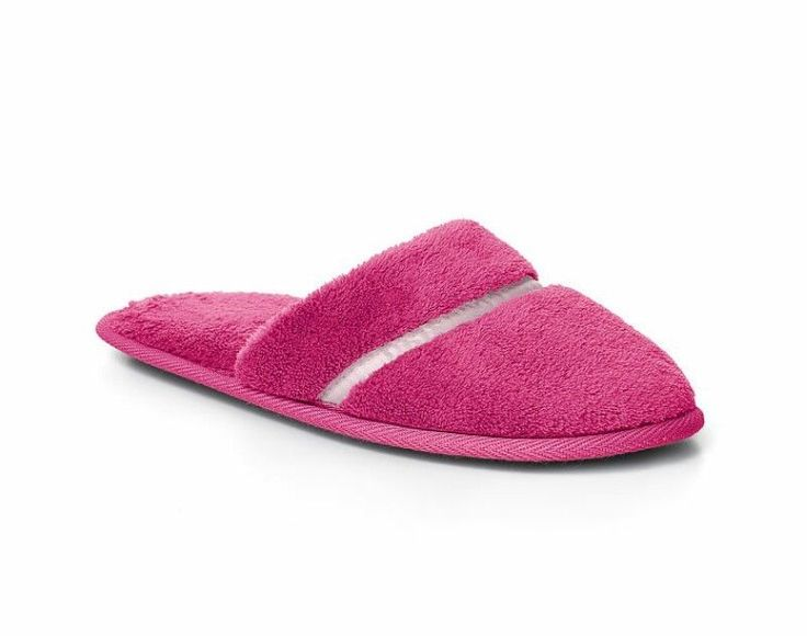 Victoria's Secret slippers size M us 7-8 The comfiest, cutest way to keep toes toasty: plush fleece with pretty satin piping. Fleece with satin piping Non-skid sole us M = 7-8 (uk 5,5-6,5) Imported polyester | eBay!