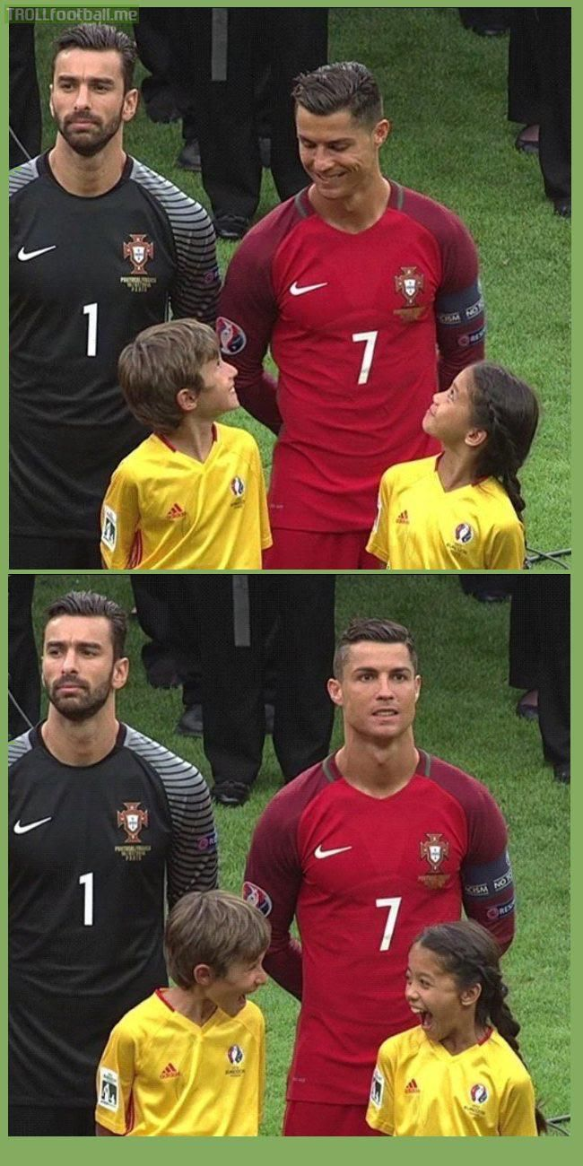 Kids' reaction to Cristiano Ronaldo smiling at them in