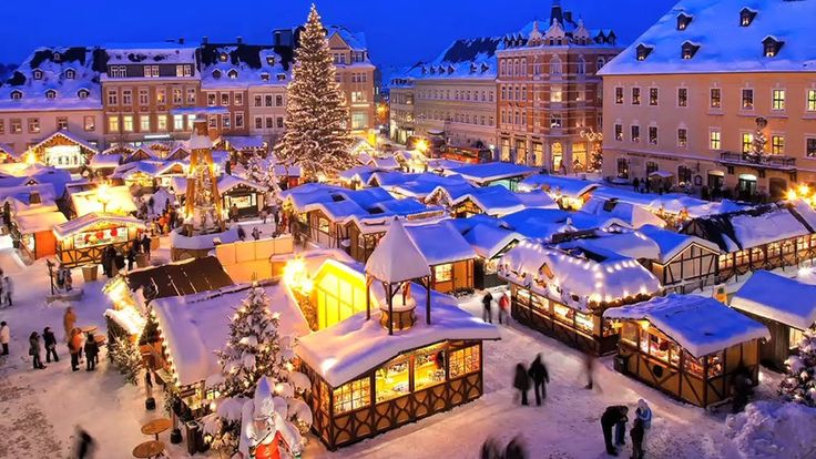 440-Year-Old Christmas Market in France About 1 1/2 min. long - Shows Christmas market in Strausburg, France