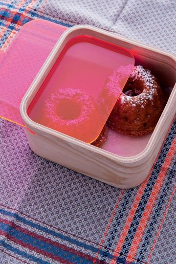 Food storage boxes by Takumi Shimamura for Qurz Inc