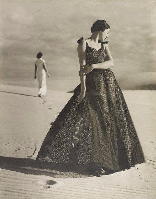Cronulla Sandhills, Australia, 1937 Photographer: Max Dupain Model: Noreen Hallard