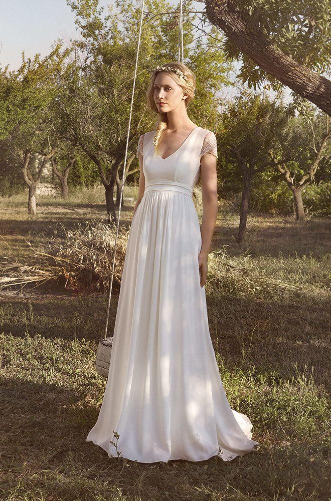 Rembo styling — Vintage — Ardourf: Kleid in Krepp mit hoher Taille und kurzen Ärmeln. Ausschnittaus Krepp und ein offener Rücken mit Spitze verziert.