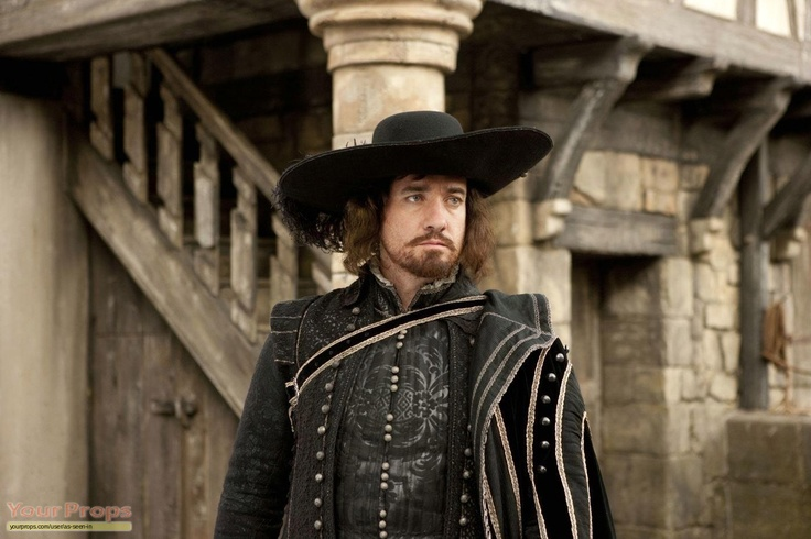 Athos (Matthew Matthew Mcfadden) costume original / screen-used costumes/wardrobe from The Three Musketeers (2011)
