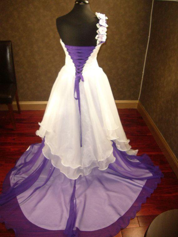 Corset fantasy fairy wedding dress in ivory and purple for Purple and ivory wedding dresses