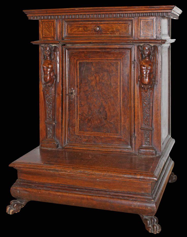 Fin XVI - Top XVIIe siècle, Inginocchiatoio, Noyer