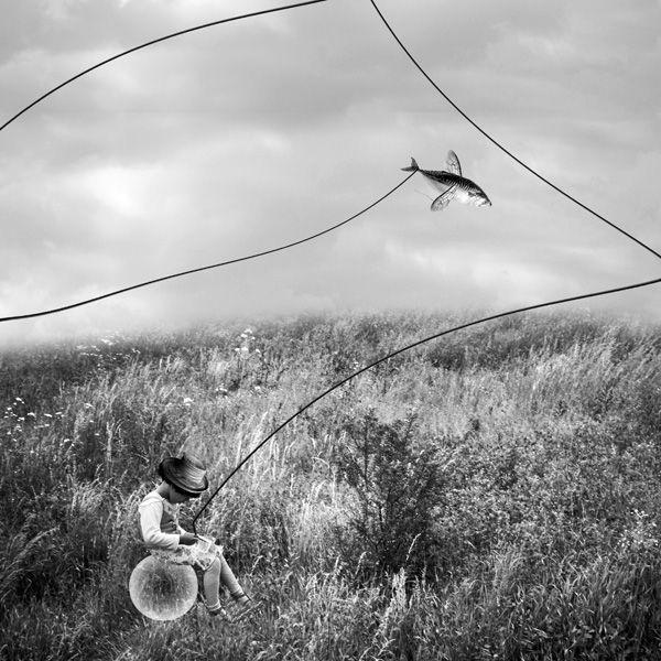Drawing dreams... by Photo.net photographer Cristina Venedict