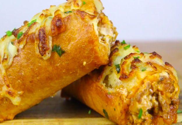 Lasagna Dip Stuffed Garlic Bread That's To Die For
