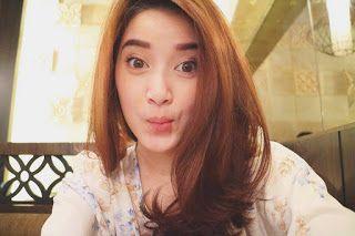 foto Rosiana Dewi