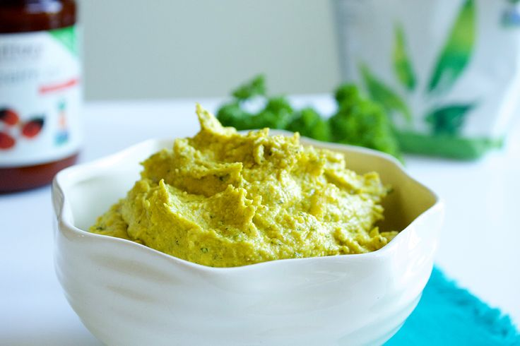A Mediterranean classic, this hummus packs a flavorful punch with the added nuttiness of Nutiva Organic Hemp Seeds and the earthiness of Red Palm oil.