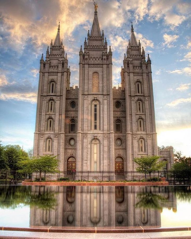 The Salt Lake City temple was the first temple to have an angel Moroni statue. #templefacts