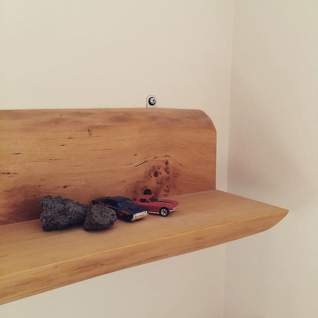 Alder shelf
