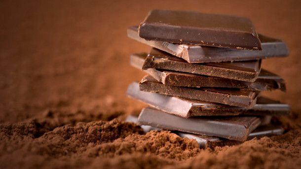 7 λόγοι για να εντάξουμε την μαύρη σοκολάτα στη διατροφή μας - kavalarissa.eu