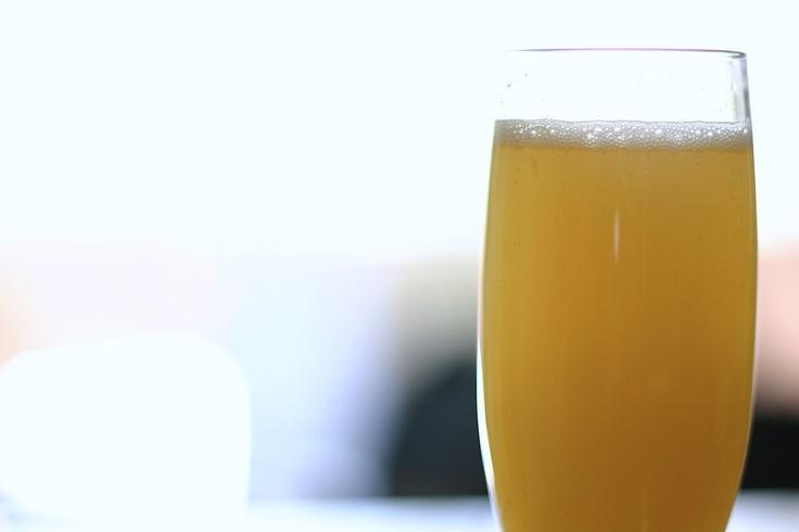 sangria-bianca-alla-pesca - White Sangria, fresh wine cocktail