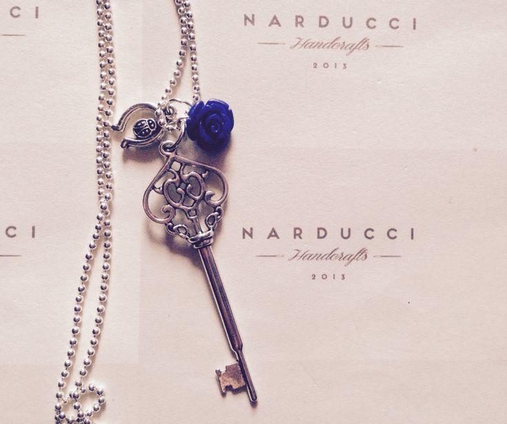 Collana lunga argento con charm chiave
