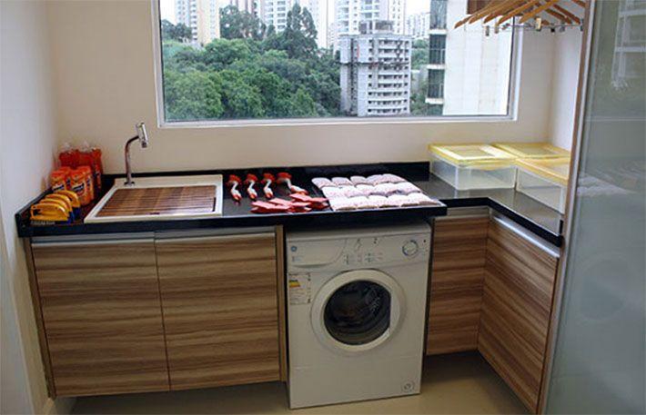 Como planejar e organizar a sua lavanderia (armários, prateleiras, nichos, cestos, varal e muito mais) Confira o post completo no blog!