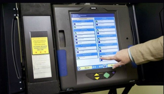 Early voting has begun for midterm 2014 elections, and reports of Democrat voter fraud have come in from Arizona, Maryland and Illinois. The Arizona incident